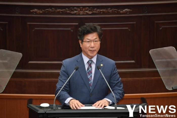 표병호 도의원(5분자유발언) 사진2020.5.12.jpg